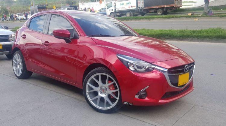 Mazda 2 Grand Touring MT